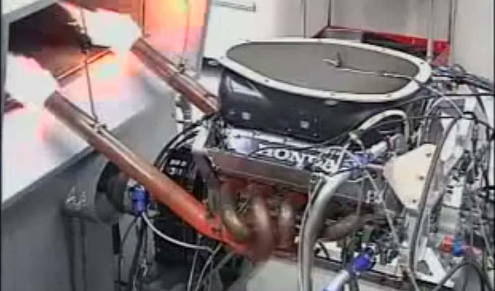 NA最強? 最大許容回転20000rpm!!! ホンダF1 3.0L V10エンジンをテストする映像