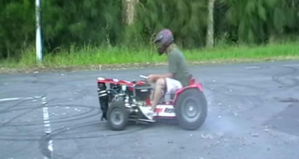 芝刈り機にロータリーエンジン載っけたら速く草刈り出来るんじゃね!? マジでやってみたらこうなった..