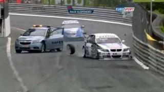 【超危険】セーフティーカーがレースコントロールに失敗するとこうなっちゃう
