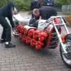 【魔改造】バイクにチェンソーのエンジンを24基積んでみた