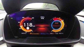 速い!! BMW i8が○○○km/hまでフル加速