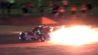 ロータリーエンジンで豪快に花火を上げてみた