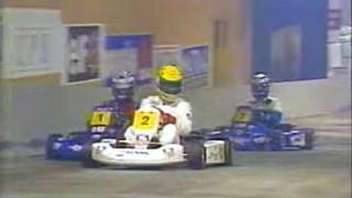 世界最高峰のF1ドライバー アイルトン・セナ、アラン・プロストがカートレースで大人げなくガチバトル。最終決戦の勝者はどちらに?