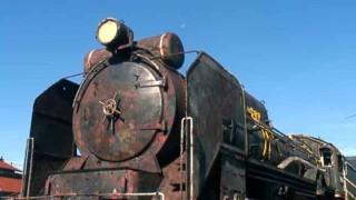 【感動】ボロボロに朽ち果てたD51お化け蒸気機関車を、有志の方々が綺麗に再生!